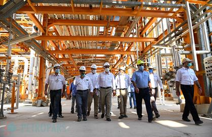 Managing Director of Petropars Groups Pays a Visit to the Final Stages before Completion of Phase 19 of South Pars Gas Field